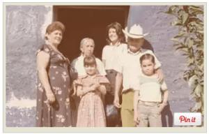 семейная фотография с Цезарем Миланом